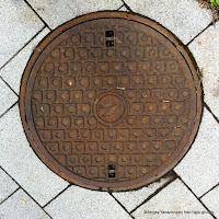 日本高速通信マンホール蓋
