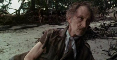 Peter Cushing en Ondas de Choque