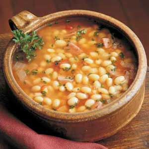 Romanian cuisine bean soup ciorba de fasole preparation a night before making this soupthoroughly wash the dried beans then set them to soak in cold water over nighte next day throw away the forumfinder Images