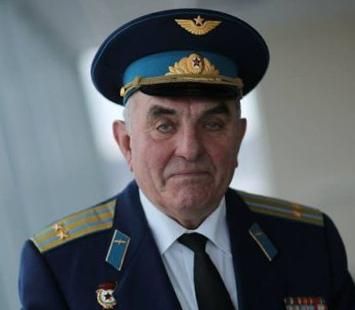 Валентин Привалов