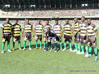 L'équipe de l'AS-V. Club le 15/04/2012 au stade des Martyrs à Kinshasa, lors du match contre TP Mazembe, Score : 2-2. Radio Okapi/ Ph. John Bompengo