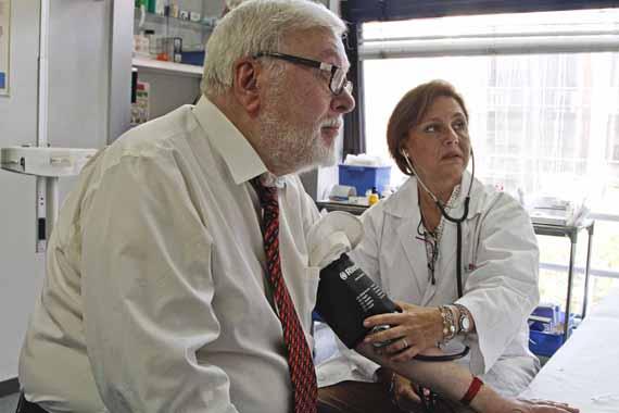 Los centros de salud realizan controles a un millón de pacientes hipertensos