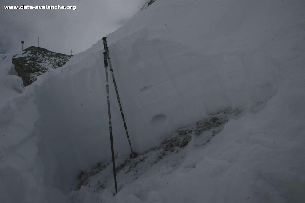 Avalanche Haute Maurienne, secteur Pointe d'Andagne, Couloir du Tchou. RD 902 - Photo 1
