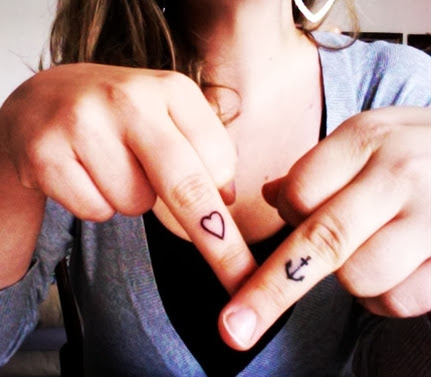 Heart Finger Tattoo