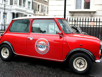 Vintage Mini Cooper in London