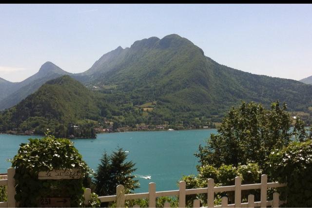Nos chambres d 39 h tes au bord du lac d 39 annecy juin 2012 - Chambre d hote lac annecy ...