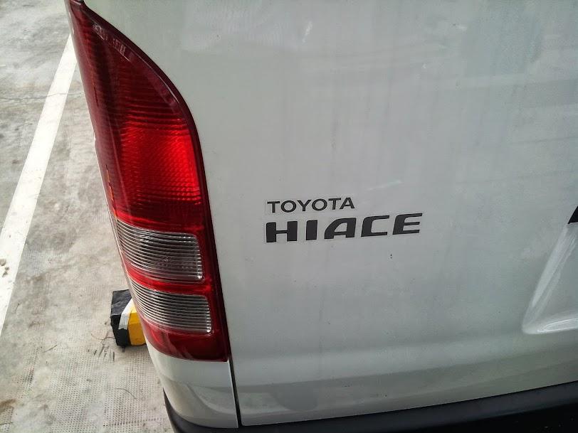 Toyota Hiace 2014 Máy Dầu - Giá Xe Toyota Hiace Mới 7