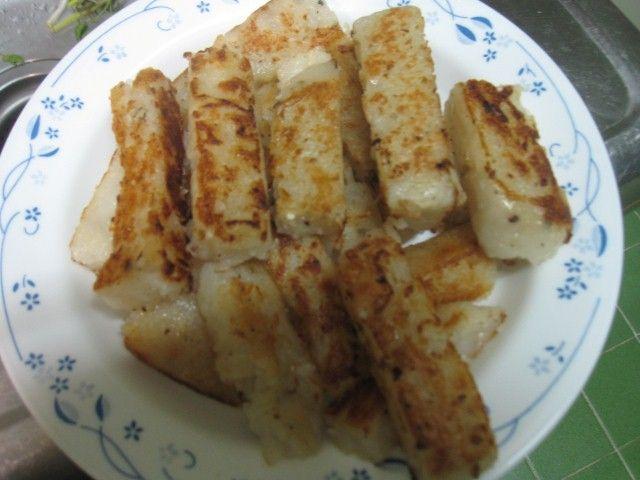 潮式炒蘿蔔糕-蘿蔔糕煎至焦黃