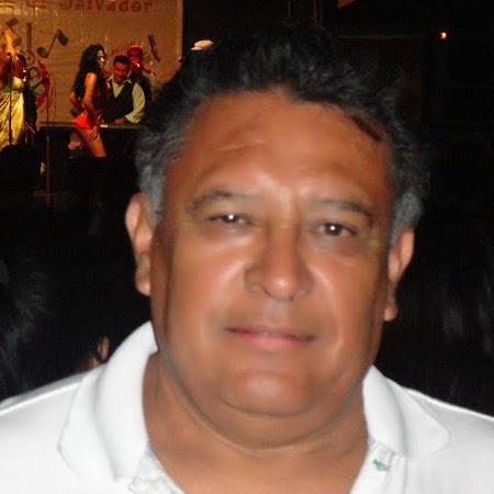 Hector E Photo 28