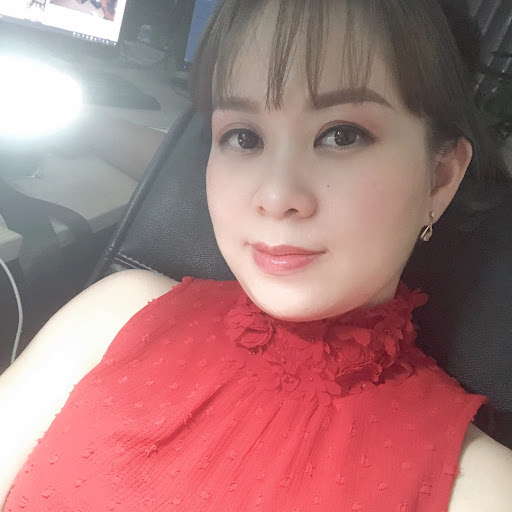 Thủy Nguyễn Thu