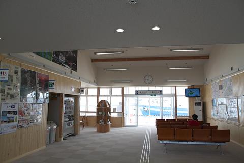 羽幌フェリーターミナル 待合室 その1