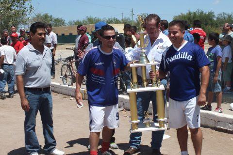 Pandilla, tercer lugar de la Liga Municipal de Futbol Soccer