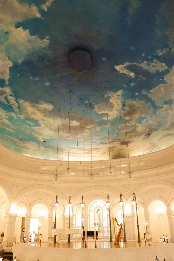 2万8千号の油絵「北の空」