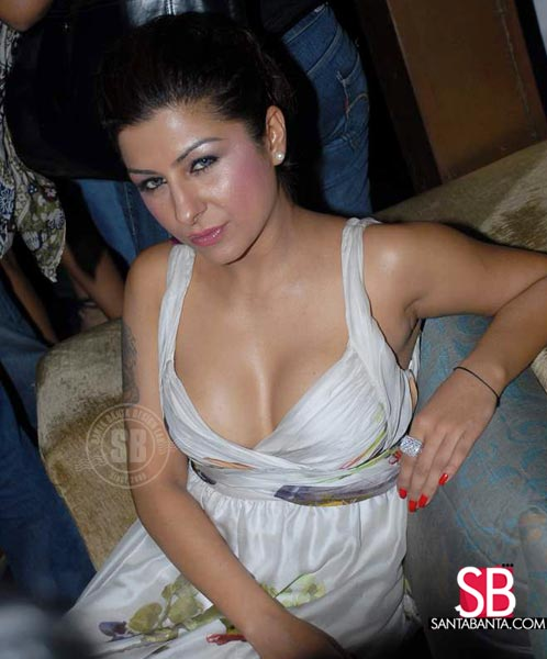 Lakme Fashion Week 2008 Collection Pics, Hard Kaur, Geeta Basra:bollywood,fashion girl0