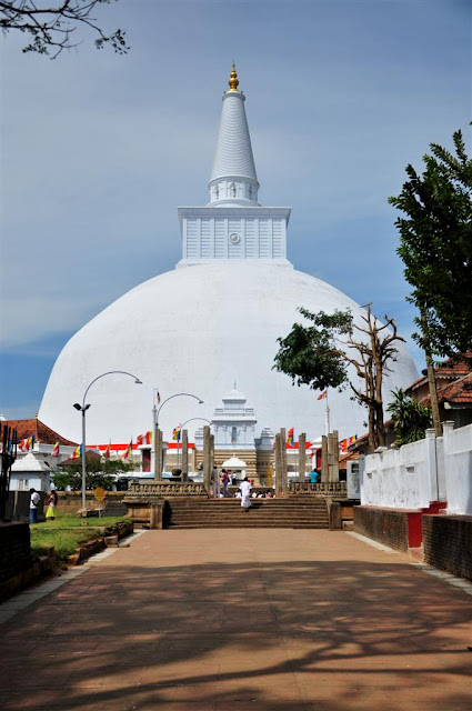 Anuradhapura: dagoba Ruwanwelisaya