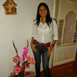 Dalia Navarro Photo 14