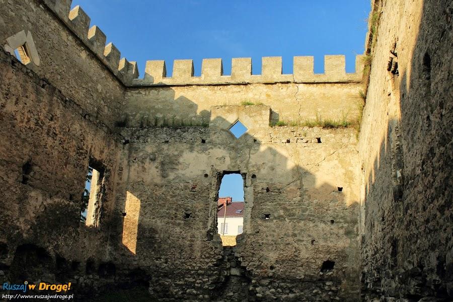 Szydłów - ruiny zamku