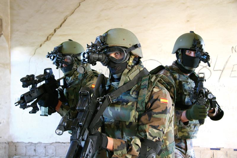 01/07/12 DOMINGO Rescate en Libia  - La Granja Airsoft - Partida abierta Armada47odc
