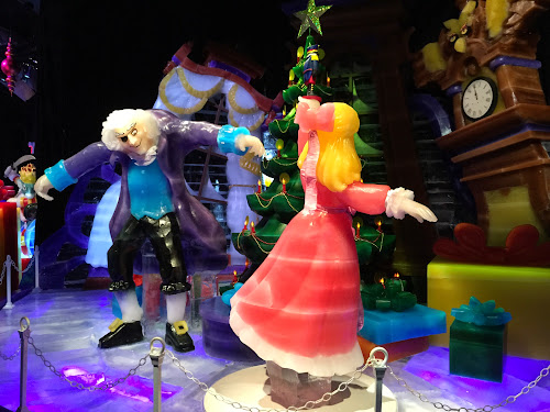 Photos & Video:  Gaylord Palms Christmas Media Preview