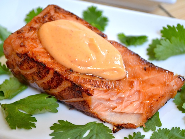 teriyaki salmon with sriracha mayo on top.