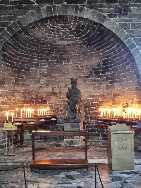 Статуя апостола Петра.