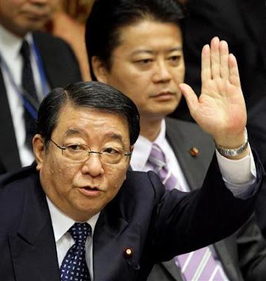 追悼式典 台湾代表の献花外しで藤村官房長官「対応に問題なし」と野田首相謝罪覆す