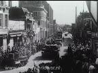 Tanks in de straten van Enschede, Bevrijding 1 april 1945.