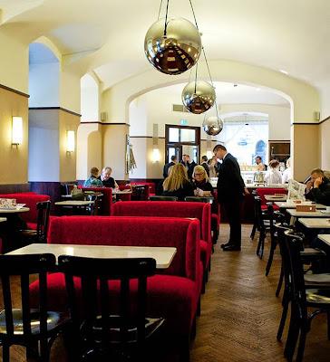 Café Museum, Operngasse 7, 1010 Wien, Austria