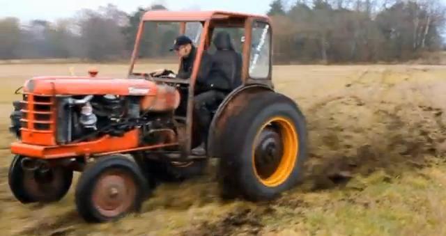 Traktor Tacing Volvo Terror