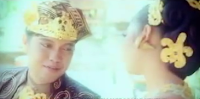Lirik Lagu Bali Yudi Kresna Feat Dewi Carangsari - Pekidih