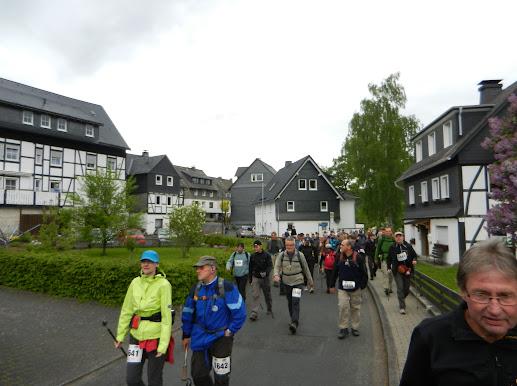 """ Bödefelder Hollenmarsch"", 101km (ou 67,...): 10-11/5/2013 B%25C3%25B6defeld%252C%2B1819-05-12%2B042"