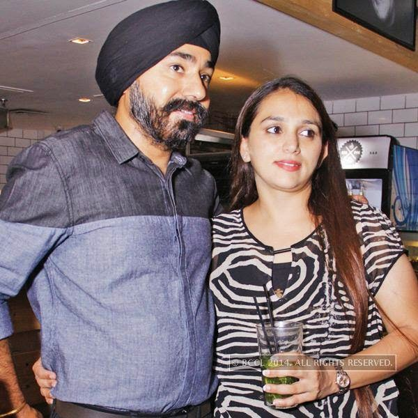 Rajan Sethi and Deepika during the Retro Nights at AMPM Cafe & Bar in New Delhi.