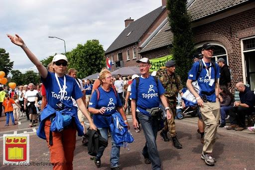 Vierdaagse van Nijmegen door Cuijk 20-07-2012 (60).JPG