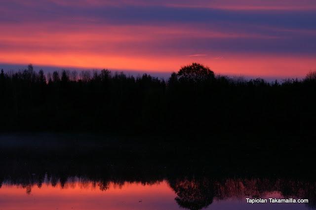 aamu auringonnousu maisemakuva