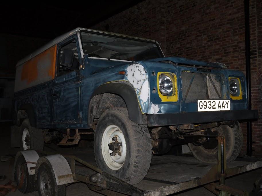 DIY Land Rover Defender 110 Pop-top Camper | FunRover - Land