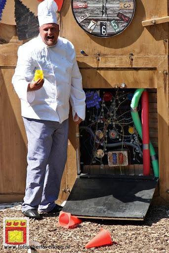 Sjluuk & Co en de geheime speelgoedmachine Openluchttheater Overloon 25-07-2012 (61).JPG