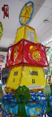 khach-san-ven-bien-da-nang-trien-lam-den-long-Trung-Thu