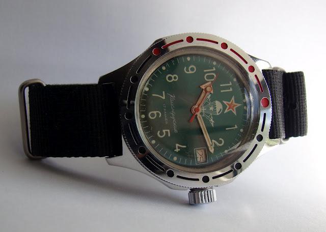 фото часы армейские