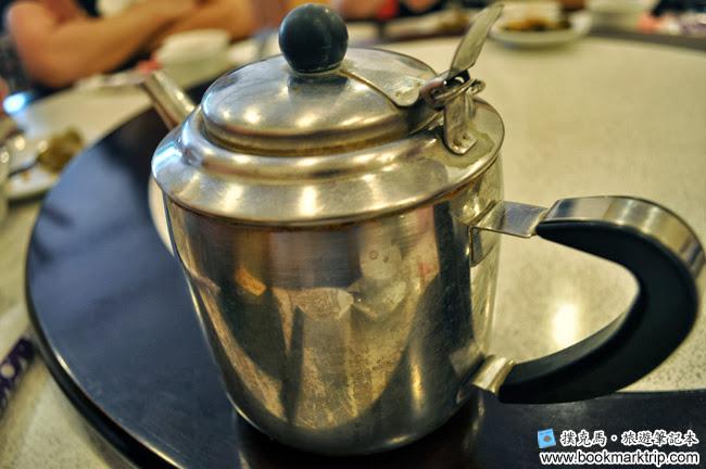 鄉之味川菜館一壺熱茶