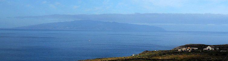 Blick von Teneriffa nach La Gomera