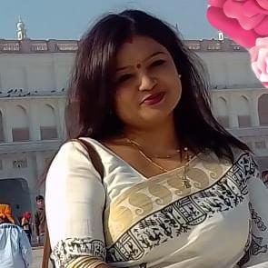 Malika Roy Photo 2