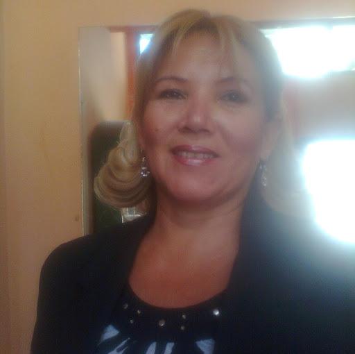 Gloria Cespedes Photo 3