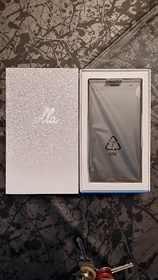Jolla Unboxing 3
