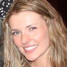 Lauren Forbes Photo 25