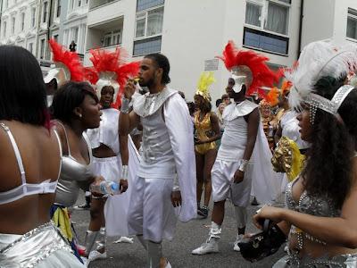 Ноттинг хилл карнавал длится