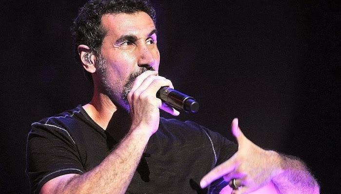 'Shooting Helicopters', nova faixa de Serj Tankian com DJ Benny Benassi