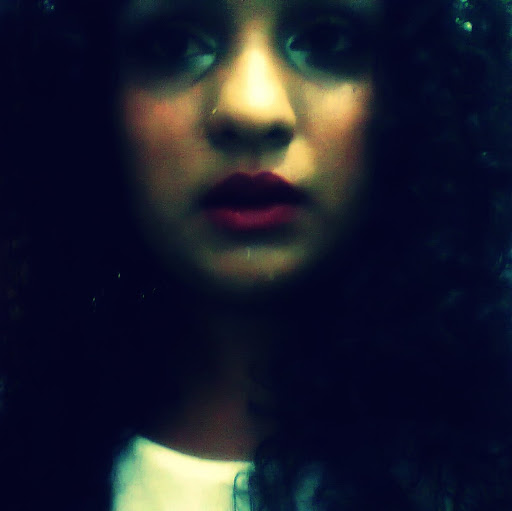 Sabrina Moura Photo 20