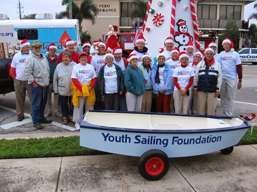 Free expert technical help for your boat building project  Christmas_parade