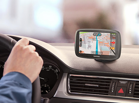 Tech Gifts for the Holidays: Give a TomTom GO 50s from Best Buy #HintingSeason
