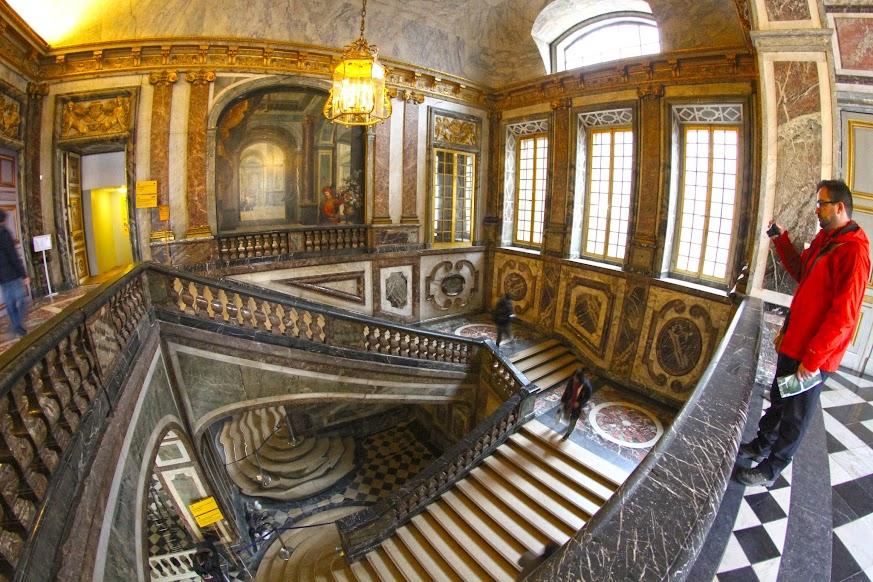 Visitar o Palácio de VERSALHES a partir de Paris (e deixar-se encantar pela vida na corte) | França